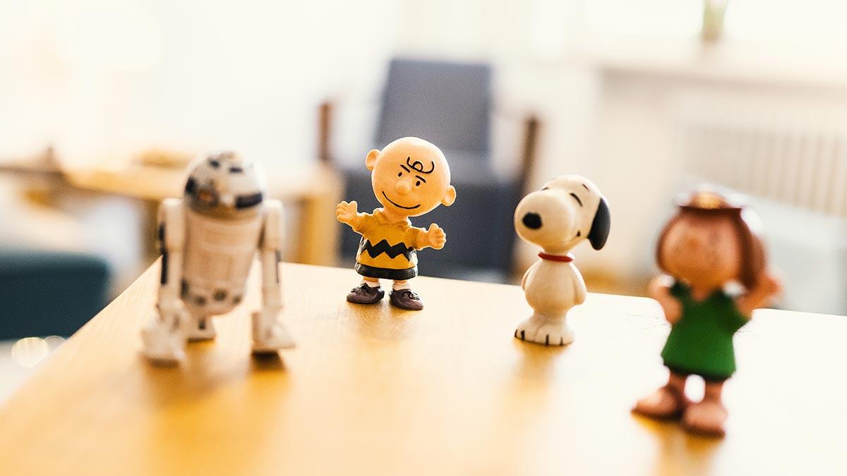 KJPP Praxis Gabriele Griep - kleine Figuren Snoopy und Charlie Brown
